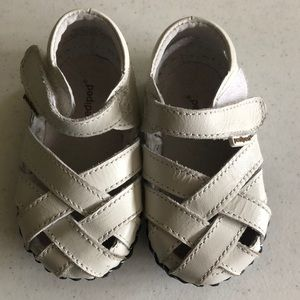 Pediped girls shoes size 12-18 months